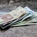 money-661584_1920